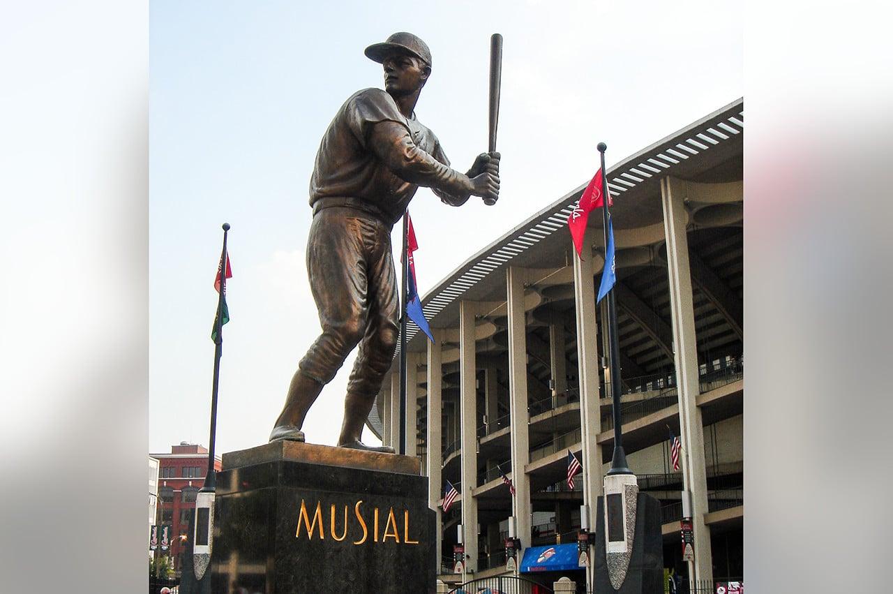 Stan Musial statue old Busch Stadium 2005